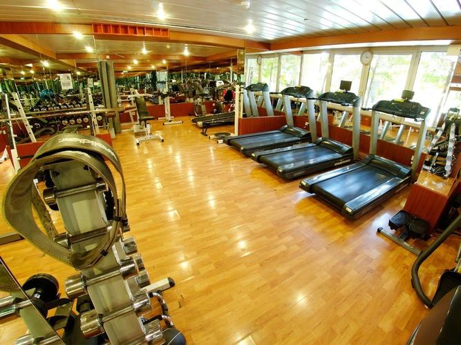 健身房 阿拉伯庭院水疗酒店 酒店和水療中心 迪拜酋长国