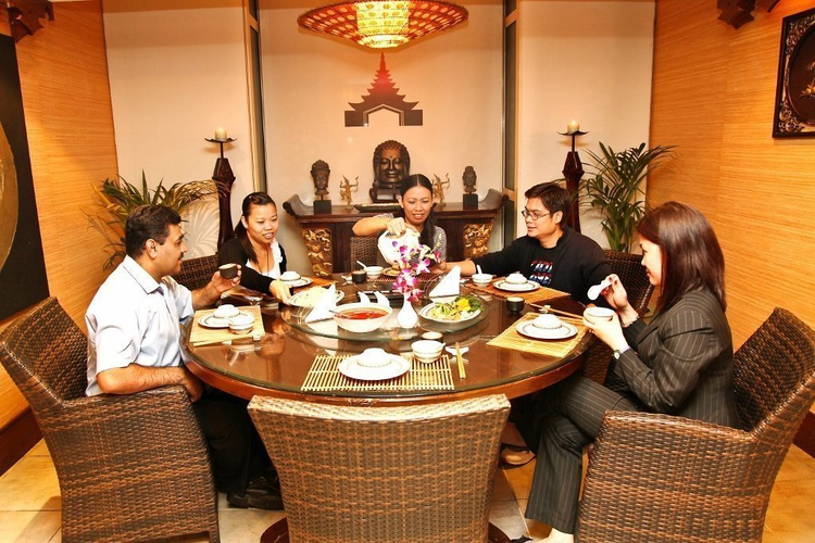 丝绸之路中泰餐厅 阿拉伯庭院水疗酒店 酒店和水療中心 迪拜酋长国
